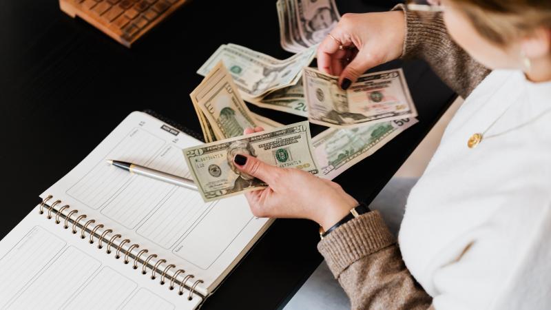 Конвертация валюты в 1С:Бухгалтерия 8