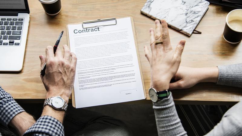 Заключаем договор: на что обратить внимание?