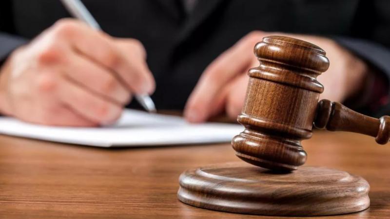 Переквалификация гражданско-правовых отношений в трудовые: судебная практика